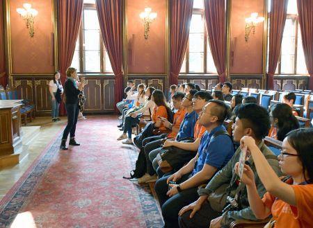 未来之星国际青年交流团在波兰克拉科夫雅盖隆大学(代表团刘佳男提供)